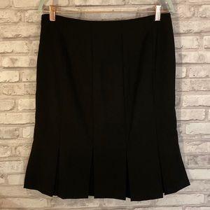 GAP Stretch Black Skirt Size 10